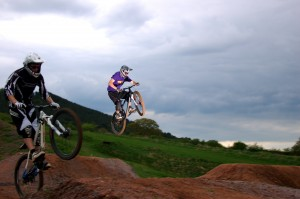 rider takes hits the gap at mtb pursuits 4x