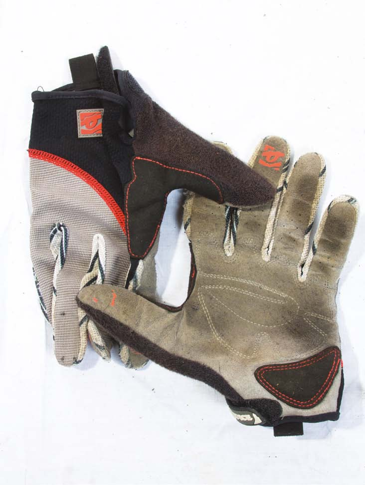 RaceFace Canuck gloves