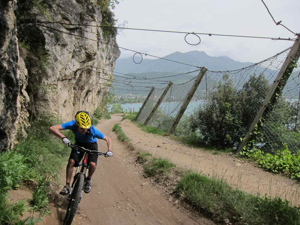 Pro elbows even on the climb
