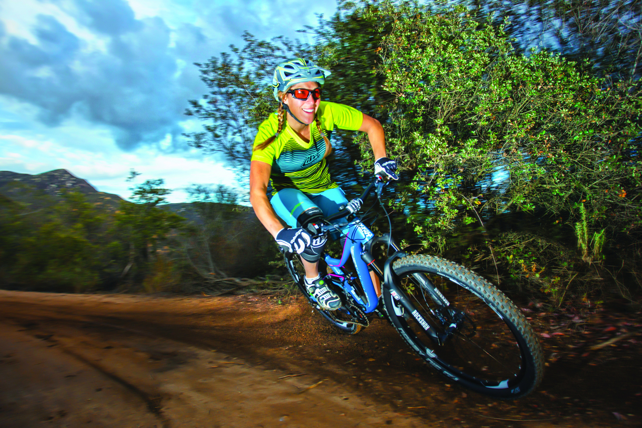 Troy Lee add more subdued trail kits - Singletrack Magazine 8d354e76e