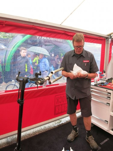 Dave's current roomy, it's Tim Flooks busy on the SRAM stand