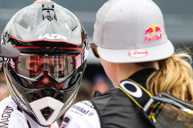 Rachel and Manon console each other after both puncturing on course at Fort William 2014