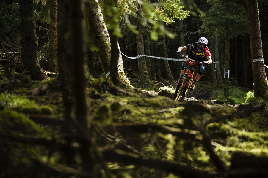 SN_Singletrack_Tweedlove_Fri04