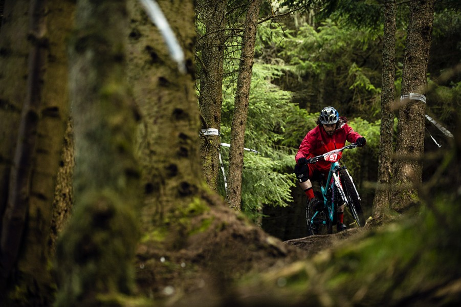 SN_Singletrack_Tweedlove_Fri08