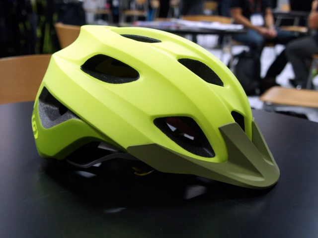 Sub-$100 MIPS trail helmet from Louis Garneau