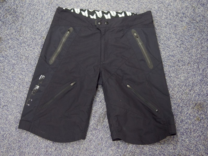 altura shield shorts singletrack