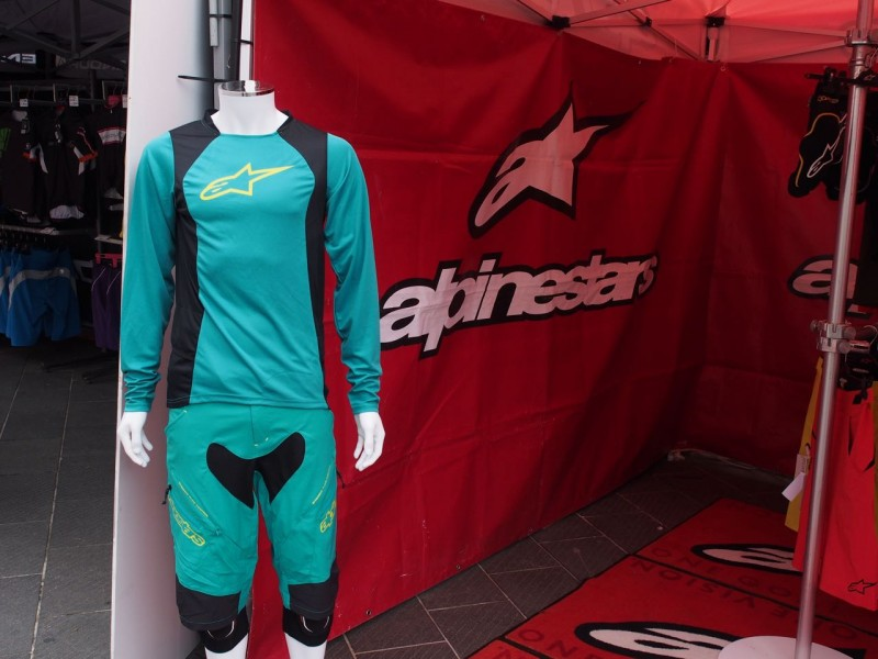 Alpinestars have new colourways and women's range for 2016