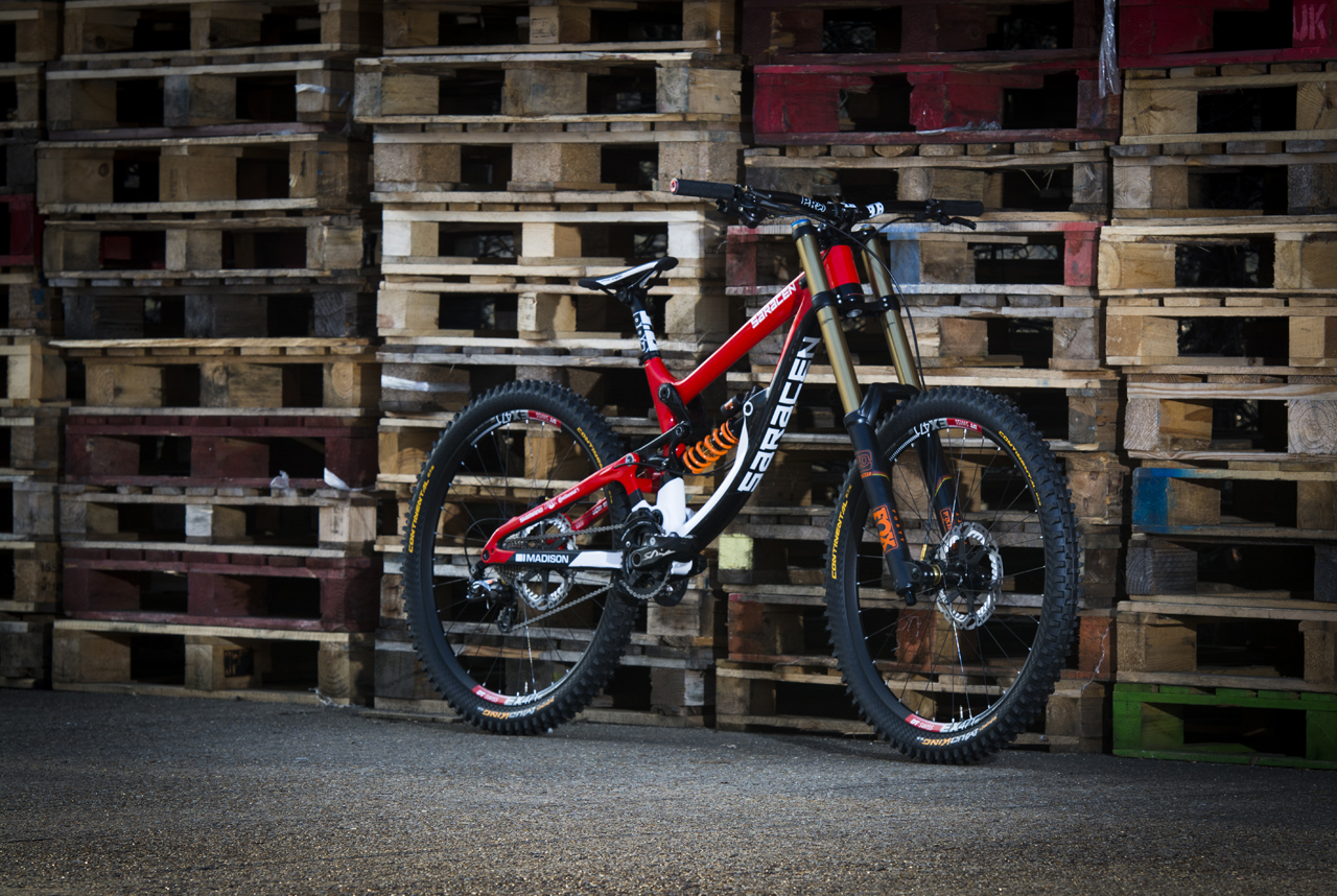 Manon Carpenter's 2016 Saracen Myst