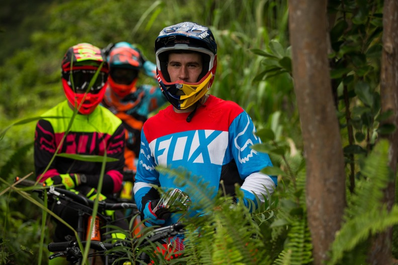 Fox Racing Launches Shiny New 2016 Dh Flexair Collection