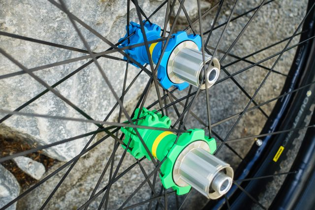 The XA Elite hubs have the same internals as the XA Pro Carbon hubs, and come in a choice of colours