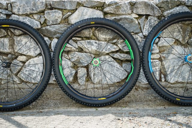 The XA Elite WTS is available in both 27.5 and 29 sizes