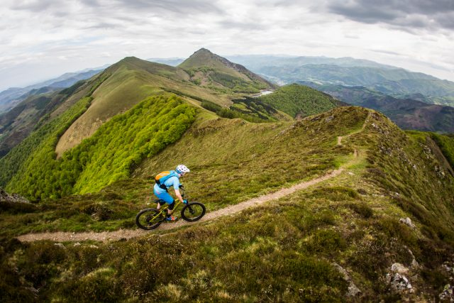 Yours truly attacking some glorious ridgeline singletrack. ©MavicSAS/JeremieReuiller