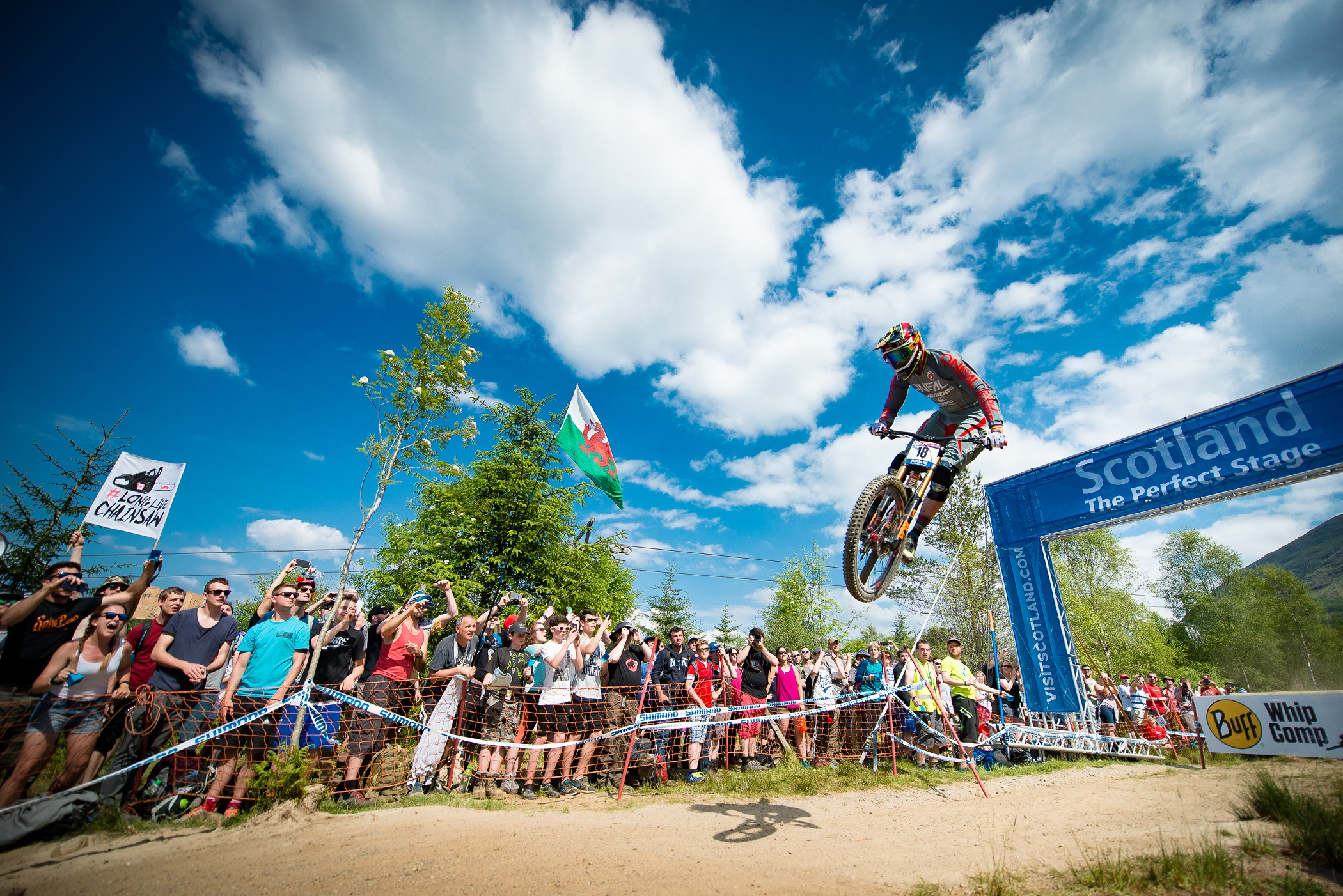 Greg Minnaar riding at the Fort William MTB World Cup - photo by Charne Hawkes