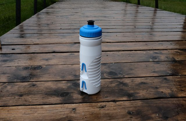 Fabric 600ml insulated bottle