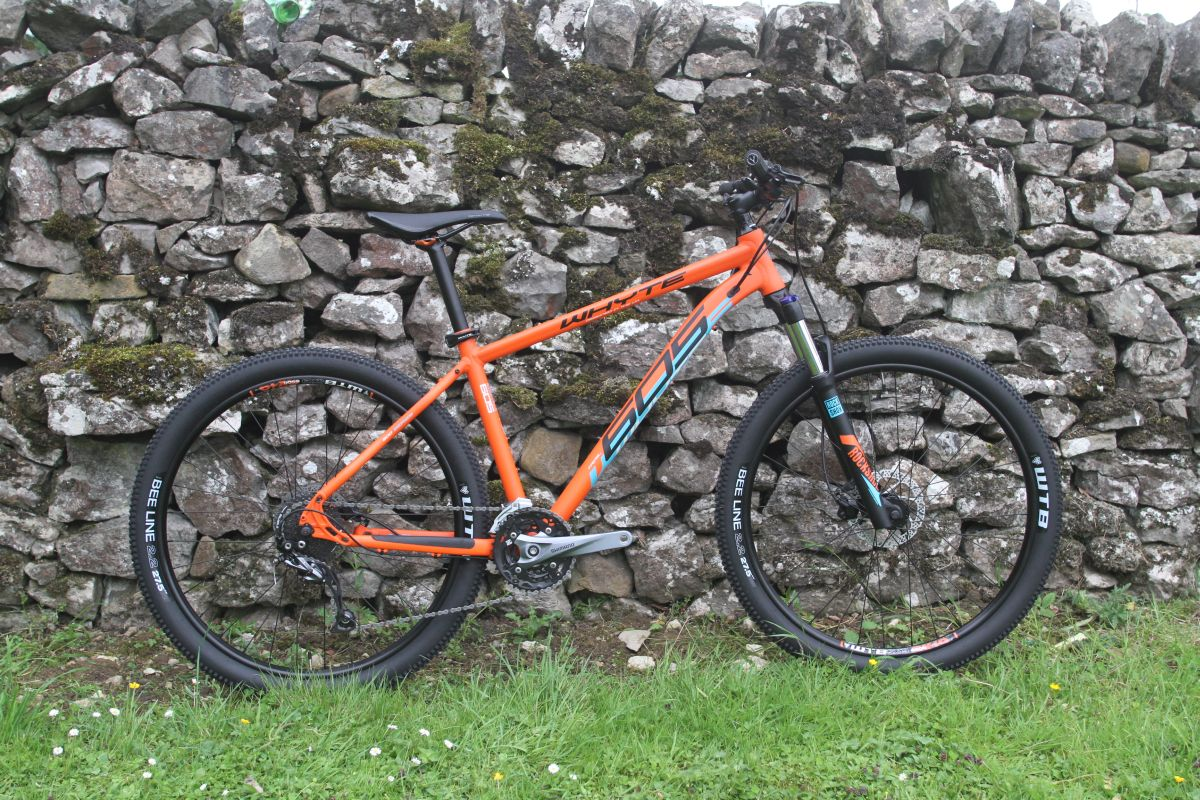 e4b1a0972f3 An entry level hardtail given the XC to trail makeover. This has a 100mm travel  fork, but with the longer and slacker geometry of a trail bike – that's a  ...