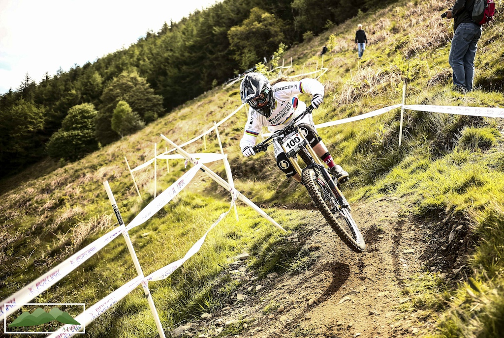 downhill mountain bike racing national series