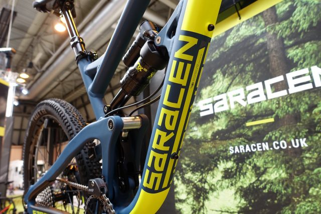 saracen ariel kili flyer carbon full suspension mountain bike fox rockshox plus wtb 27.5