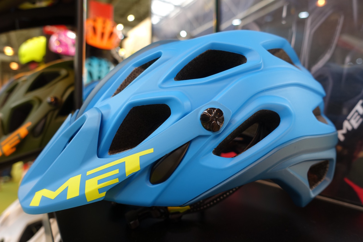 met bluegrass helmet colour matte trail