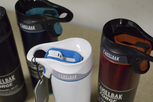 camelbak_forge_travel_mug_1