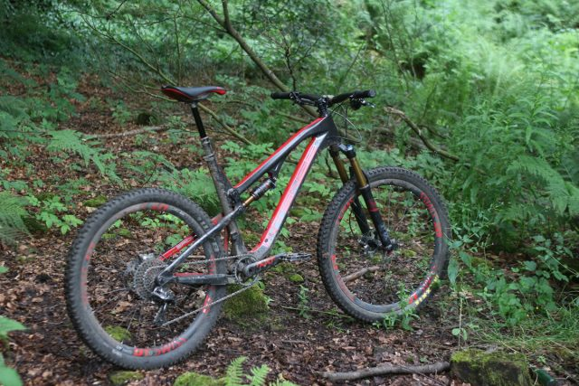 Intense Spider 275C carbon 27.5 fox suspension kashima reverb