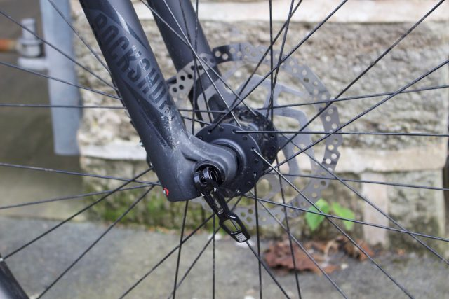 long cables gear brake ocd perfectionist annoying stickers reflectors pie plate cassette mud