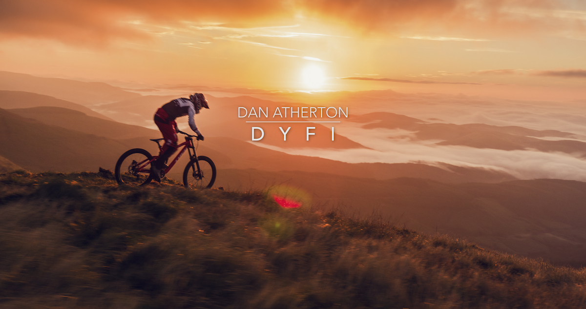 dan atherton trek session wales dyfi dirt jump trail building trailbuilding