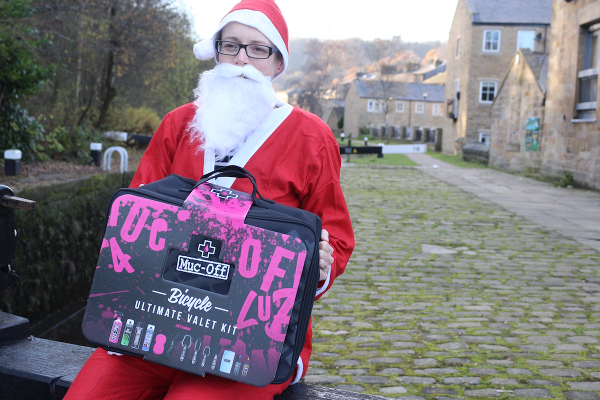 santa hannah giveaway advent calendar competition prize