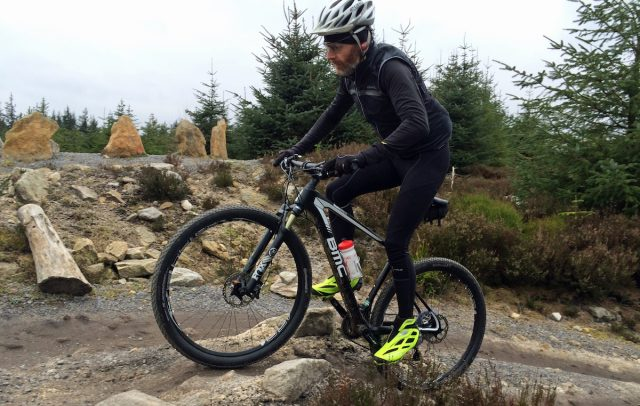 issue 105 group test hardtail race carbon 29in bmc niner trek olly townsend winter cold lycra