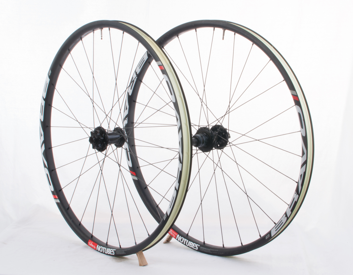 stans bravo carbon wheels tubeless