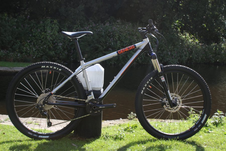 genesis core 30 hardtail