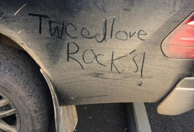Tweedlove Rocks