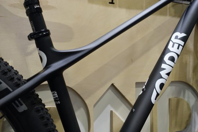 sonder transmitter carbon hardtail 27.5 plus london bike show alpkit