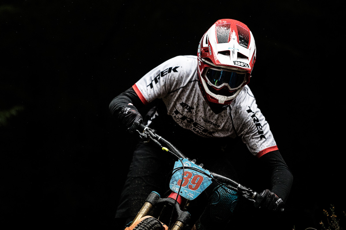 fort william enduro race scottish series racing full face
