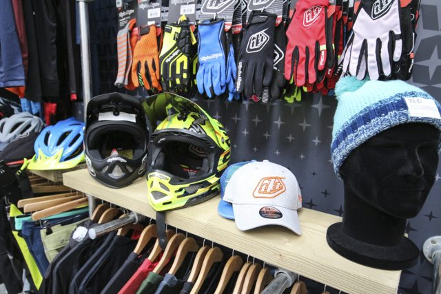 troy lee designs apparel helmet protection saddleback goggles full face