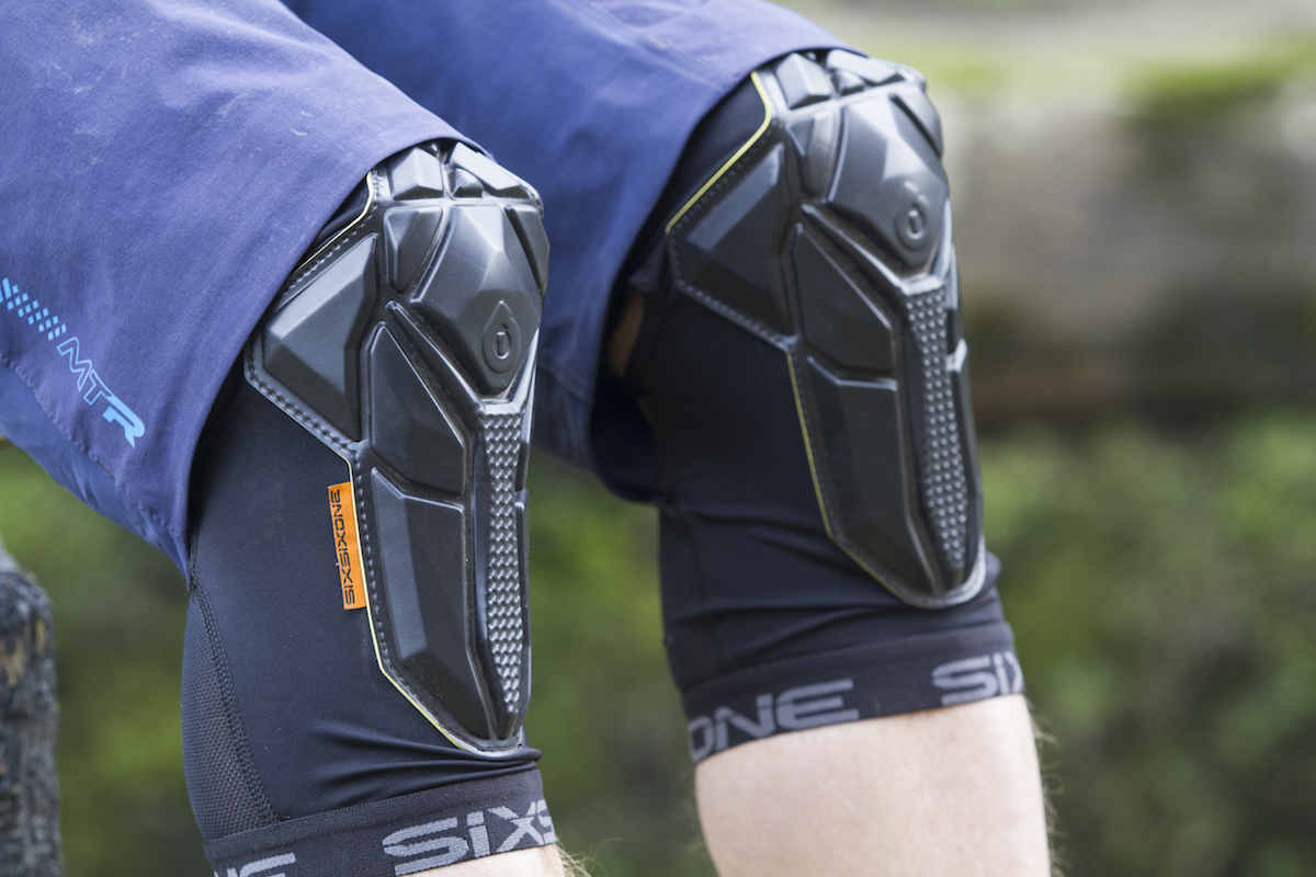 Review 661 Recon Knee Pads