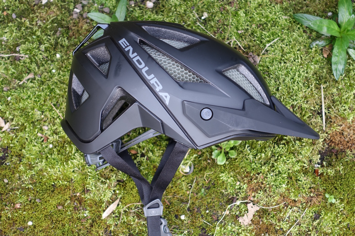 Endura is finally ready to release the MT500 helmet to public. 74b731c59
