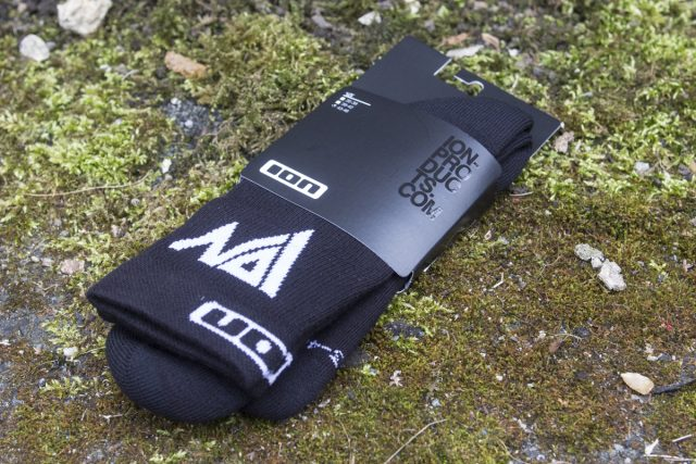 ion socks