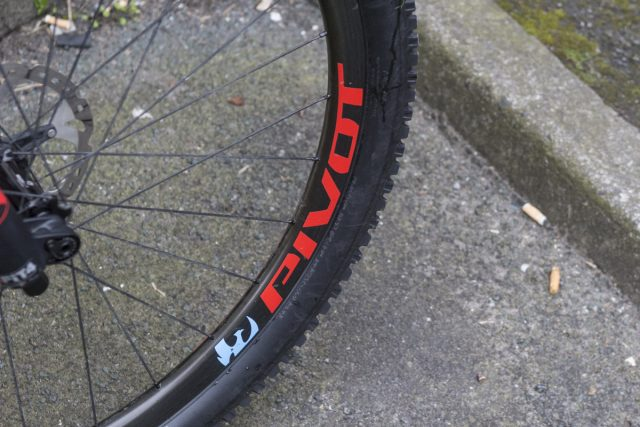reynolds carbon maxxis high roller