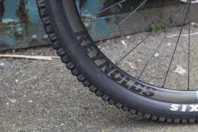 maxxis high roller reynolds carbon