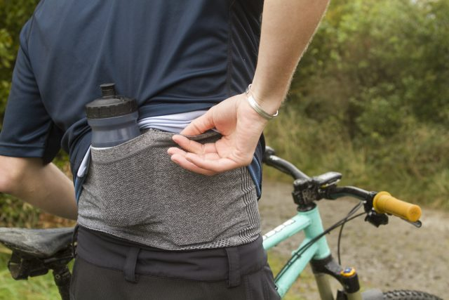 troy lee designs base layer stealth bottle pocket