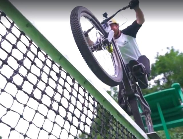 Are tennis nets really built like this?