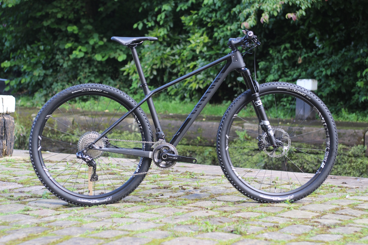 canyon exceed carbon hardtail