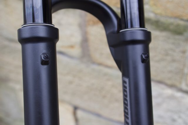 mrp ribbon fork suspension