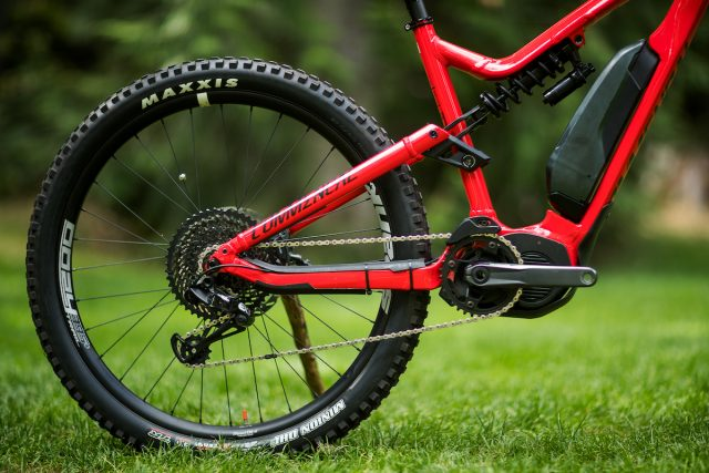 commencal meta power ebike emtb shimano steps