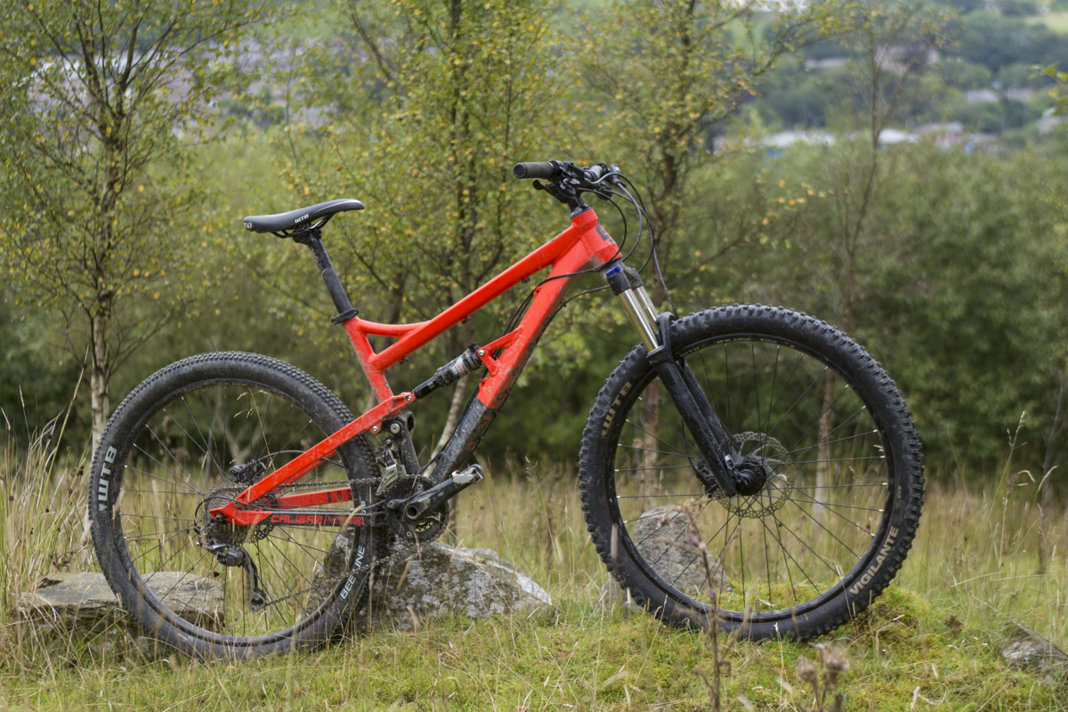 3 Full Suspension Trail Bikes Under 163 1500 Tested
