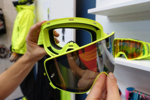 magnetic goggles o'neall