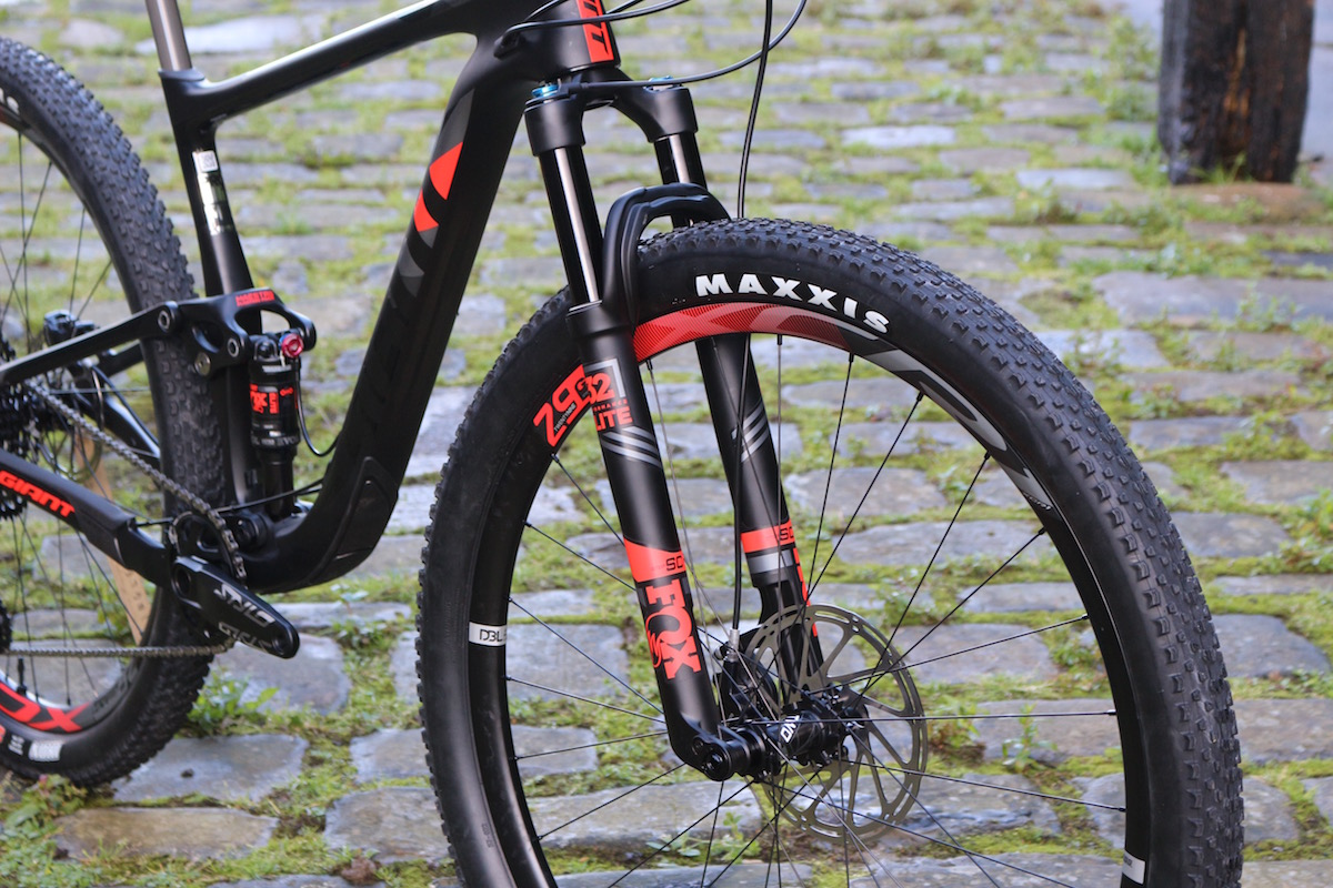 First Look 2018 Giant Anthem Advanced Pro 29er 1