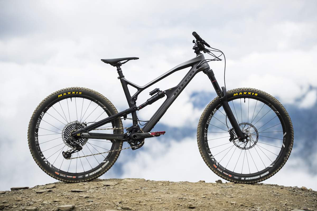 nukeproof carbon mega