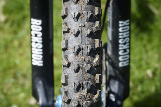 kenda honey badger tyre tubeless