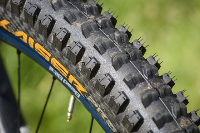 continental der kaiser projekt tubeless tyre issue 114